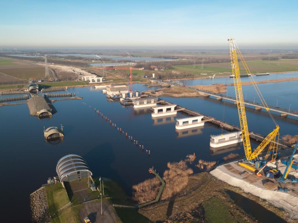 Nieuwe Ramspolbrug in aanbouw